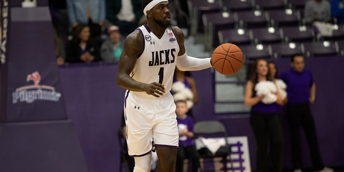 Kevon Harris sinks game winning free throws to edge UCA 77-76