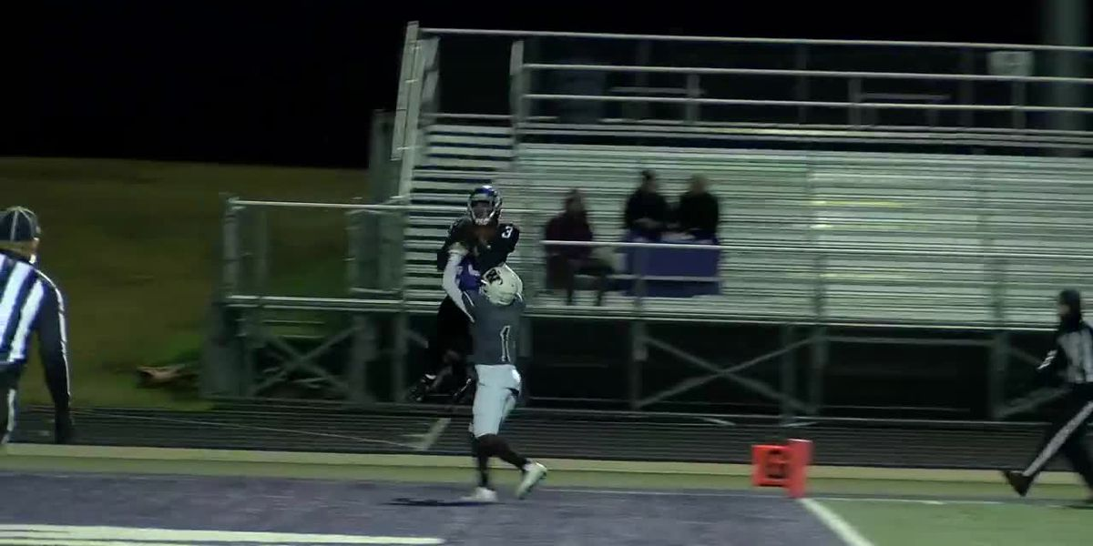 WATCH: Lufkin receiver's athletic grab over defender