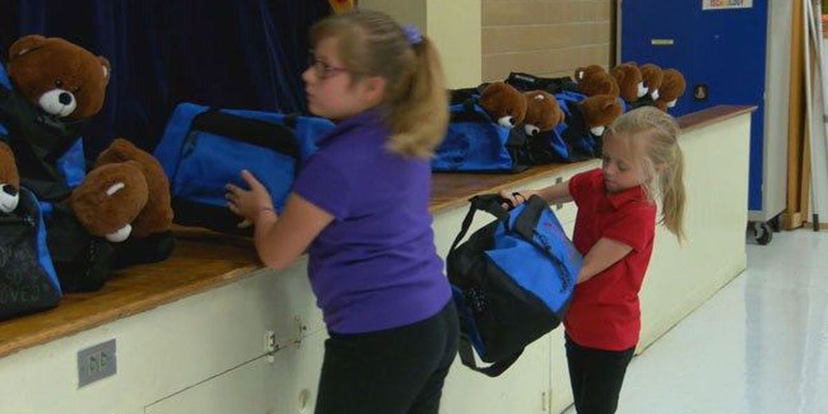 Nacogdoches ISD students purchase, decorate 'Sweet Cases' for foster kids