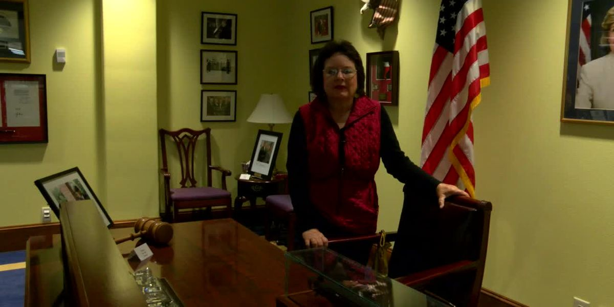 Webxtra: Donna Mccollum visits with SFA professor about visit from former President George H.W. Bush