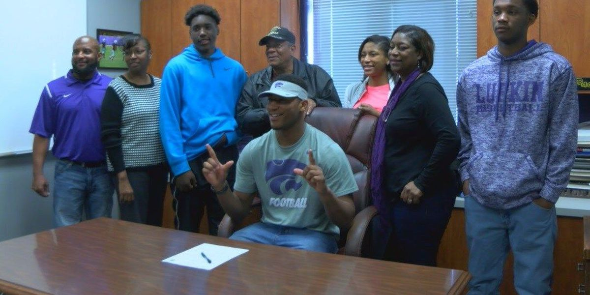 Eight Lufkin Panthers sign National Letters of Intent