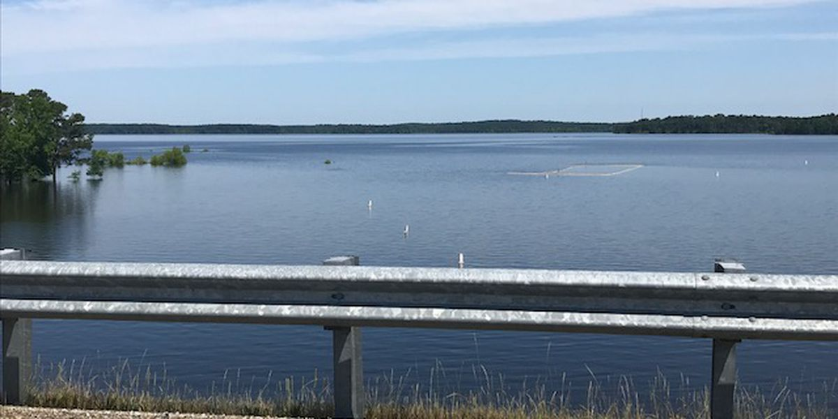 NWLA man dies, another suffers hypothermia on ETX lake