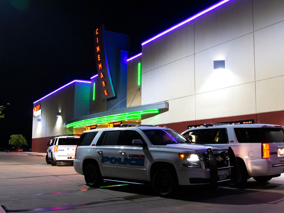 Lufkin officer assaulted at movie theater, suspect flees scene