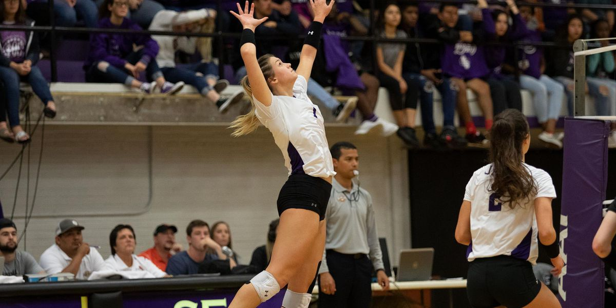 SFA, UT battle for Lone Star supremacy in first round of 2018 NCAA Volleyball Tournament