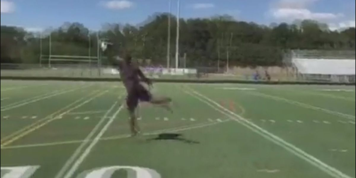 Dez Bryant puts in work before potential workout with the Ravens