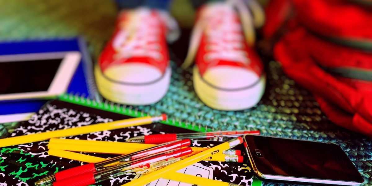8 ways to avoid going into debt while back-to-school shopping