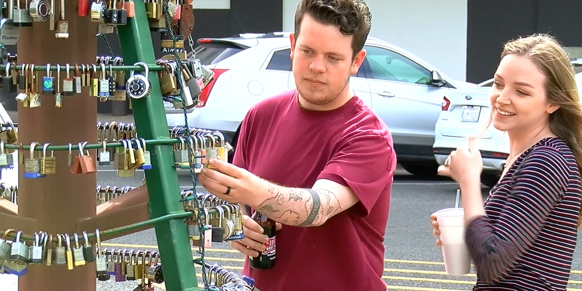 Ft. Worth couple revisits 'love lock' on metal tree in Lufkin
