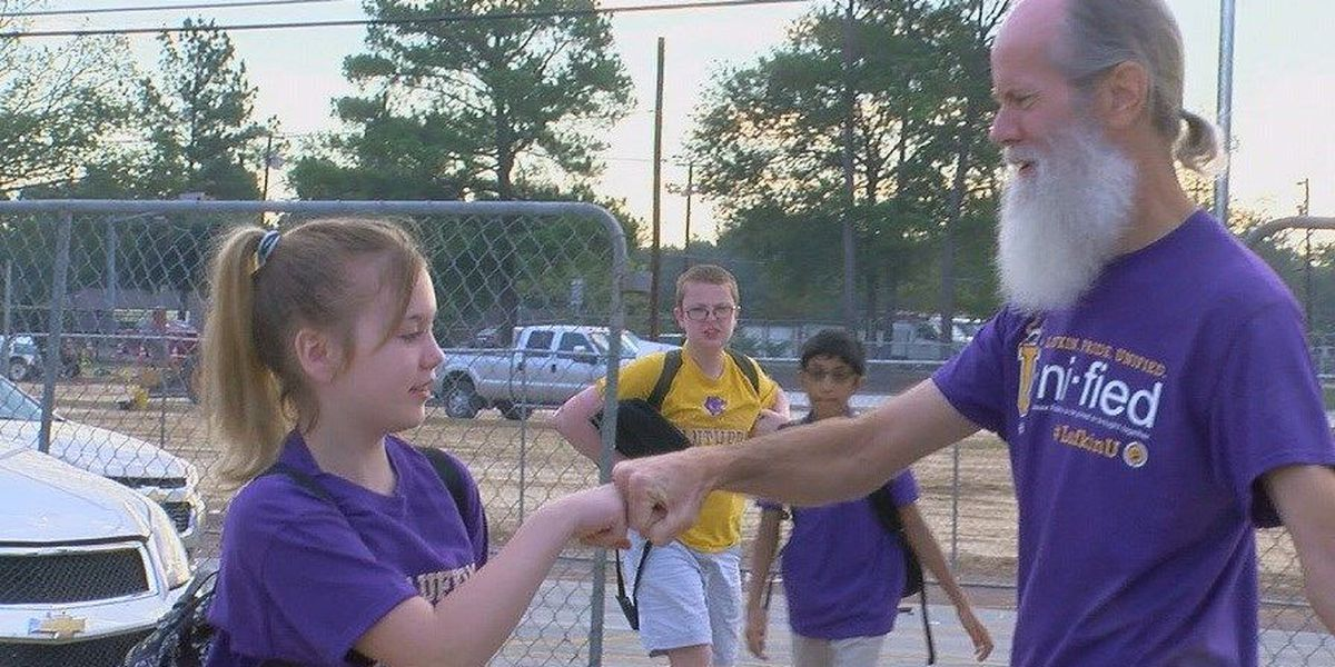 Morning greetings by Lufkin Middle School staff sends positive message