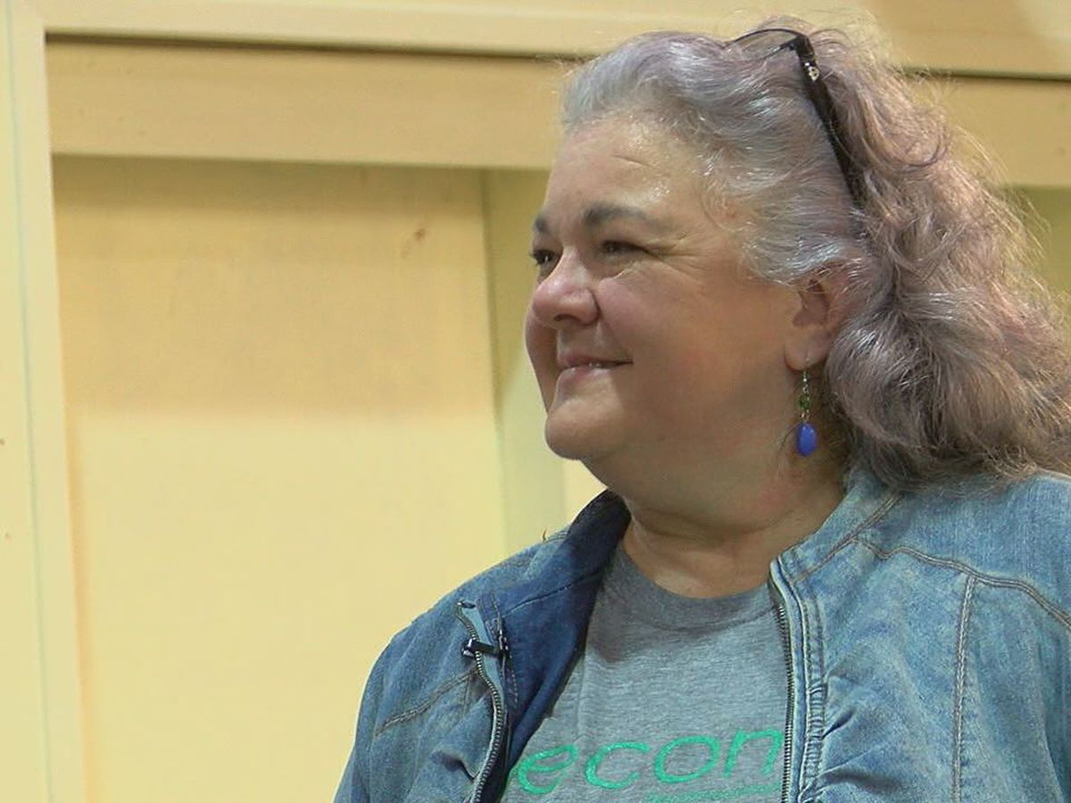 Woman uses booth at Canton Trade Days to shed light on foster crisis in East Texas
