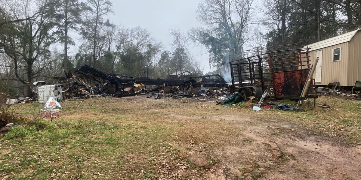 East Texas community rallies around San Augustine city worker after house fire