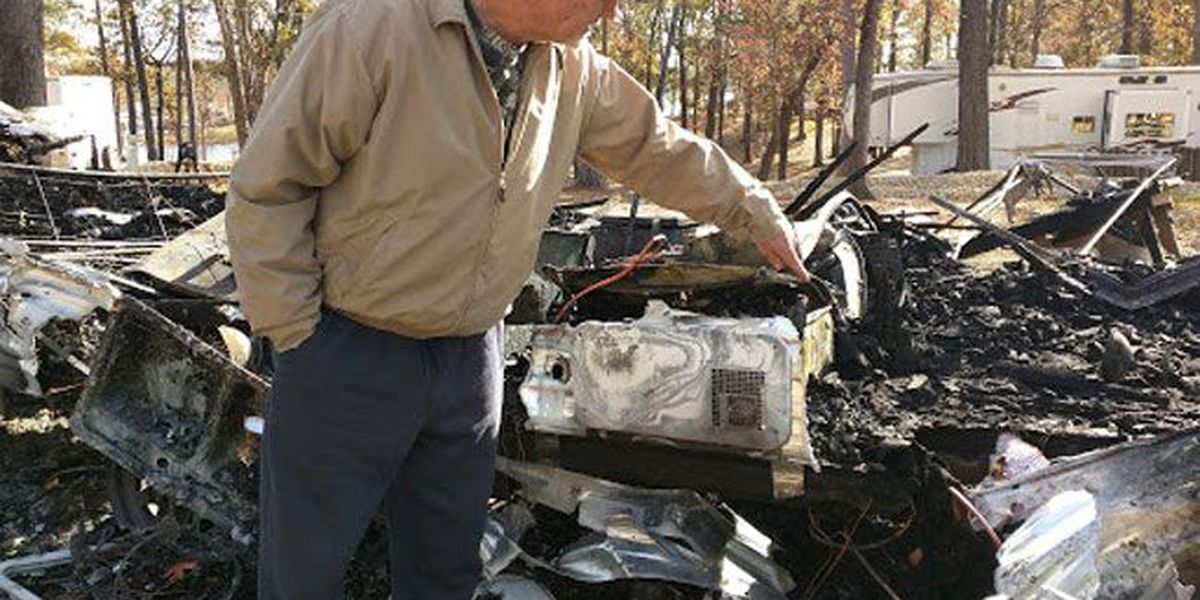 Dog wakes Etoile cancer survivor before fire destroys his home