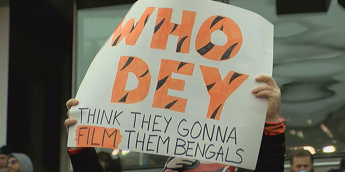 Report: Patriots fined, lose draft pick for videotaping Bengals