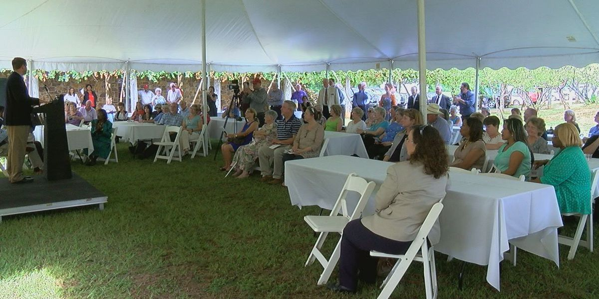 San Augustine comes together to celebrate Mission Dolores being recognized as a Texas historical sight