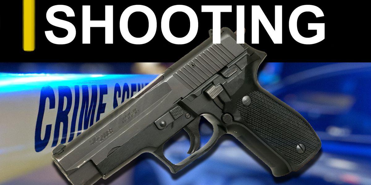 Hudson clerk shot when suspects rob convenience store Thursday night
