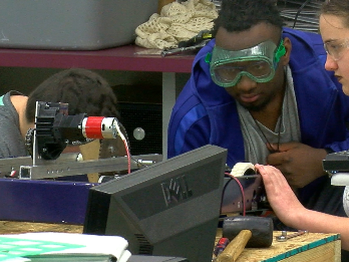 Lufkin High School students build teamwork and robots for upcoming competition