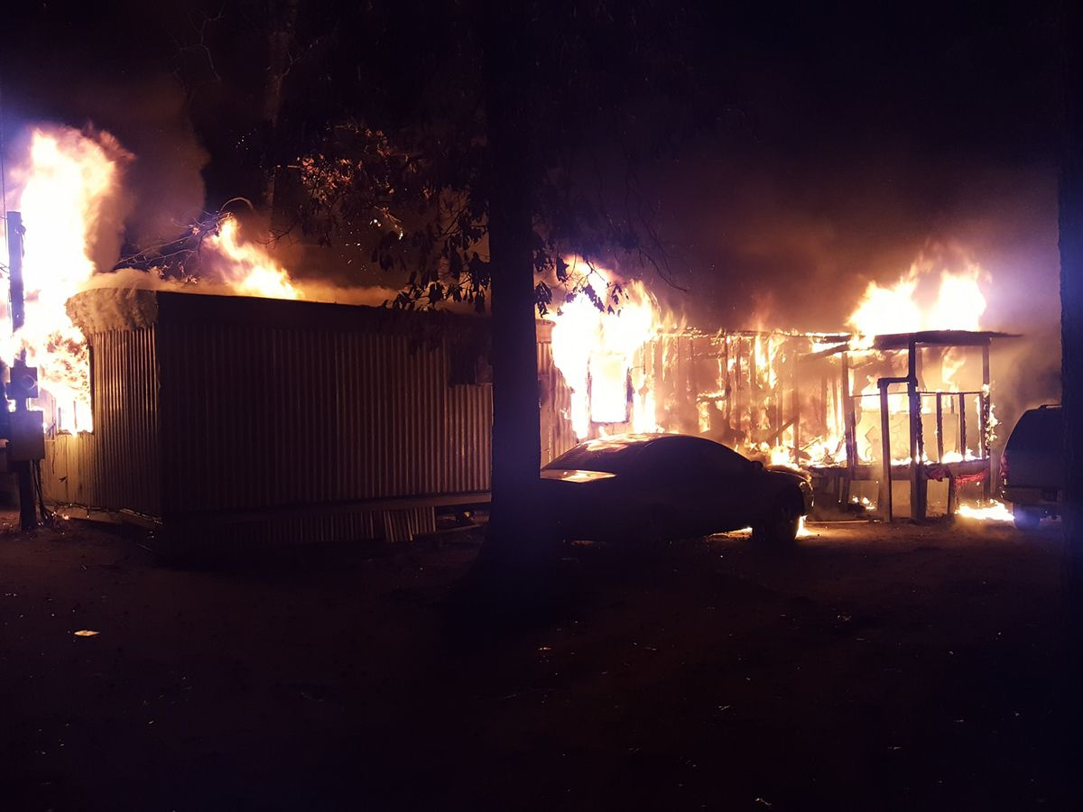 No injuries reported after mobile home catches fire in Hudson