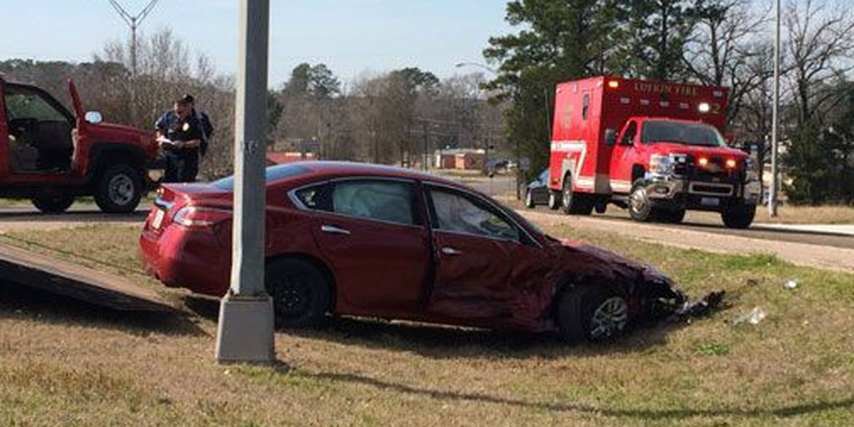 Florida woman injured in Zavalla 2-vehicle accident