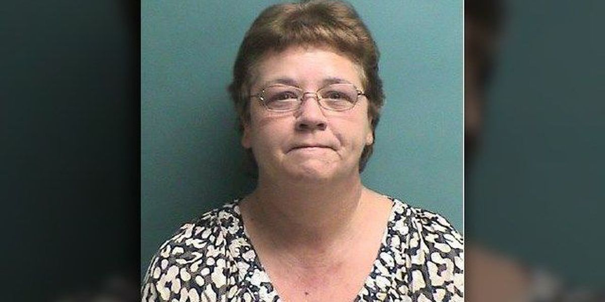 Pollok woman accused of stealing more than $150,000