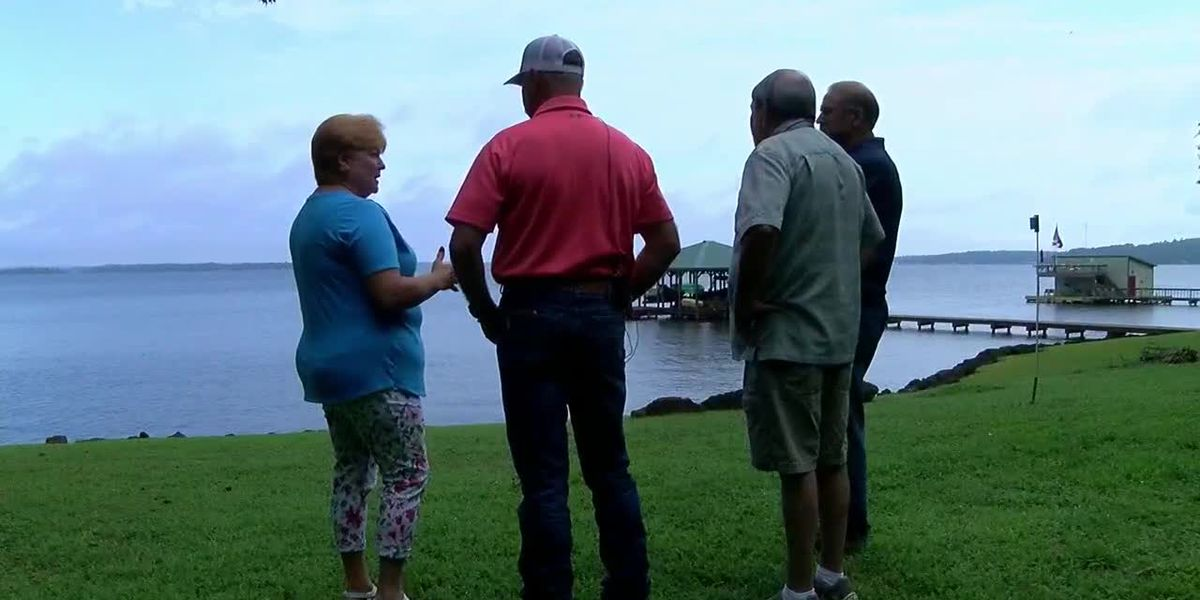 Power of Prayer: Lake Palestine boat rescue