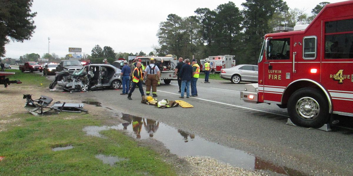 Four people life-flighted after wreck on Hwy 59 in Diboll