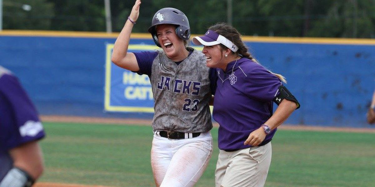 SFA Completes Epic Comeback to Knock Off Sam Houston State, 14-11