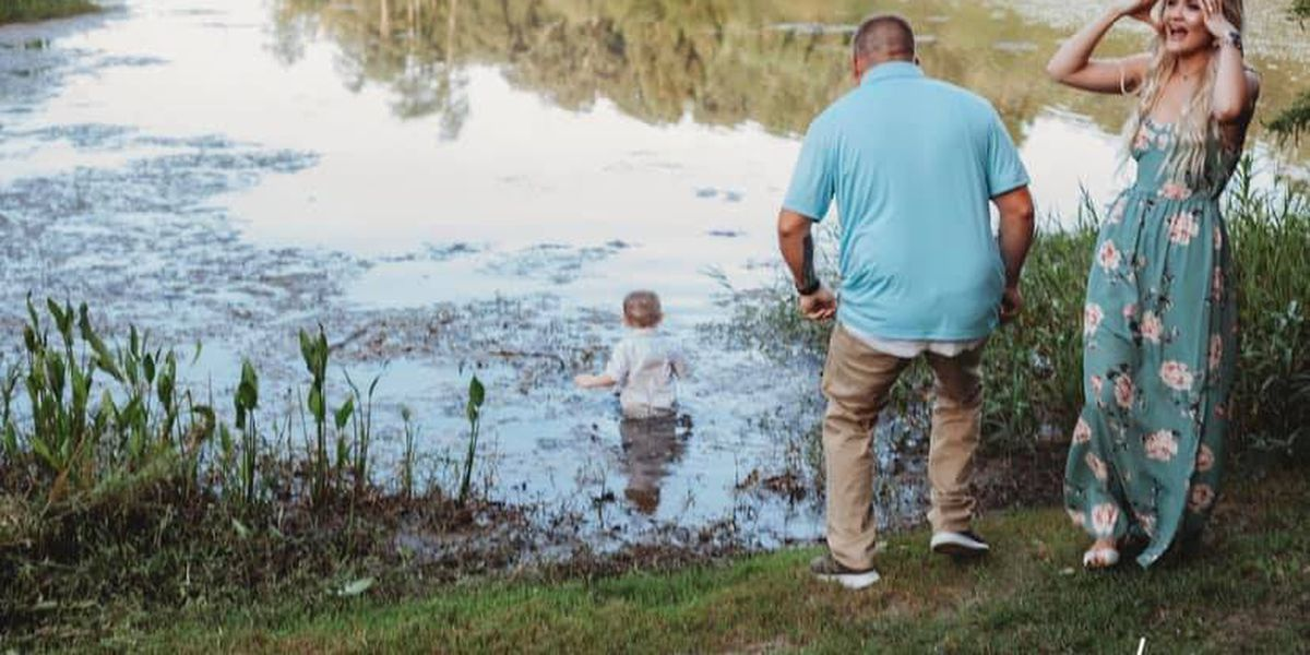 Family's summer photo shoot muddied when toddler takes dip in pond