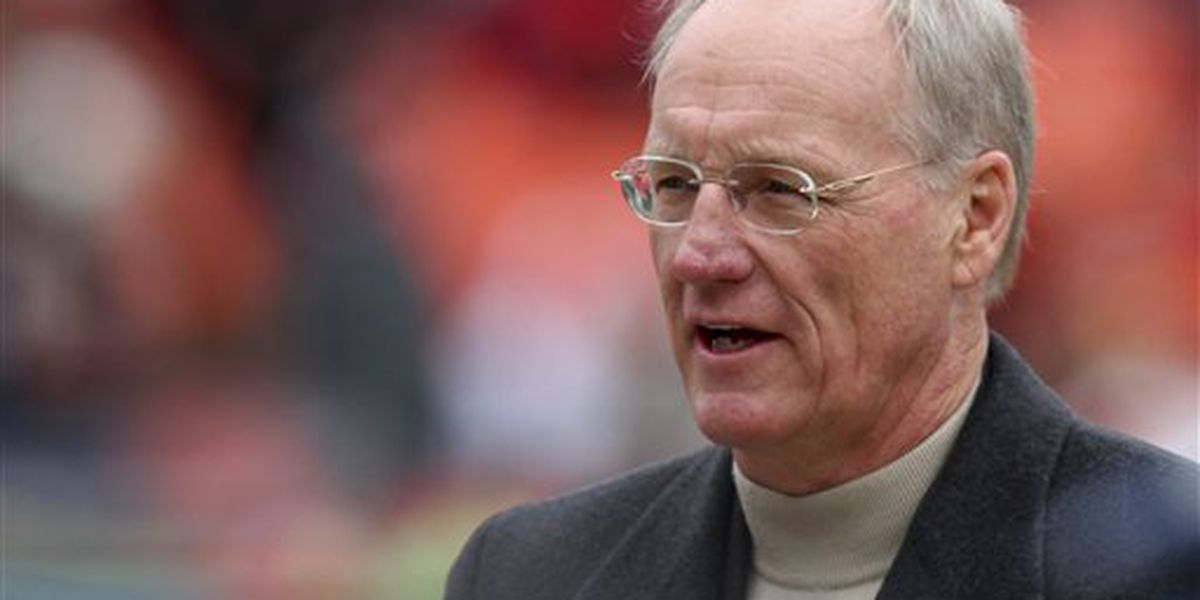Marty Schottenheimer, NFL coach with 200 wins, dies at 77