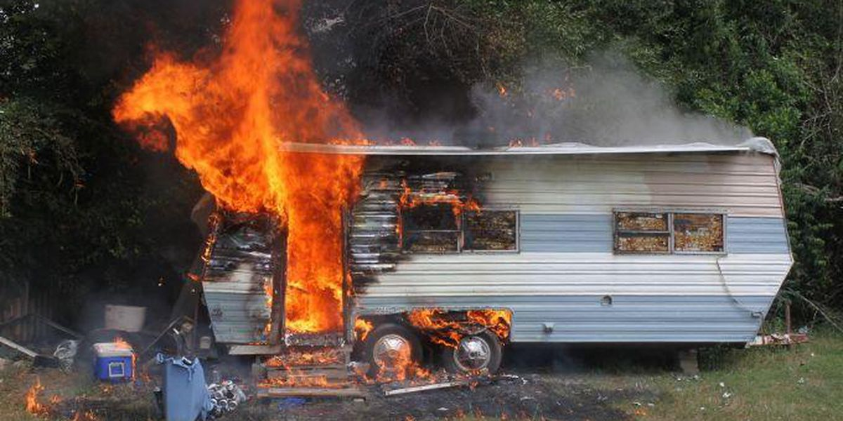 Man dies in Jasper travel trailer fire