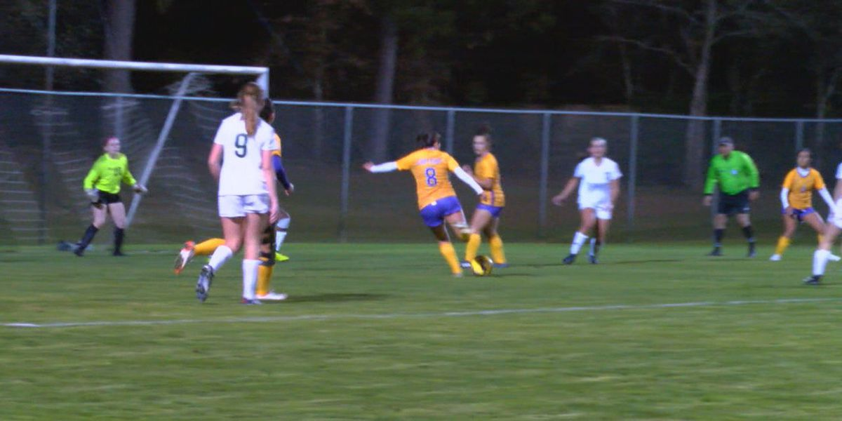 Battle of the rivals: Lufkin, Longview end in draw at Lady Pack Showcase