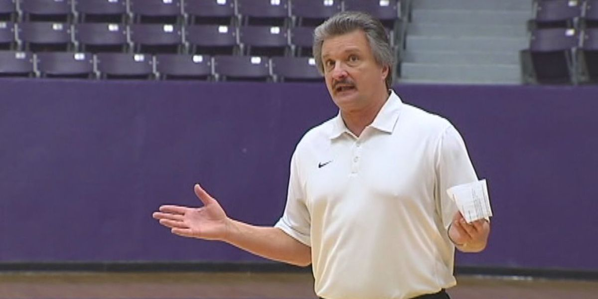 Former SFA basketball players dispute claims of racist comments from coach Danny Kaspar