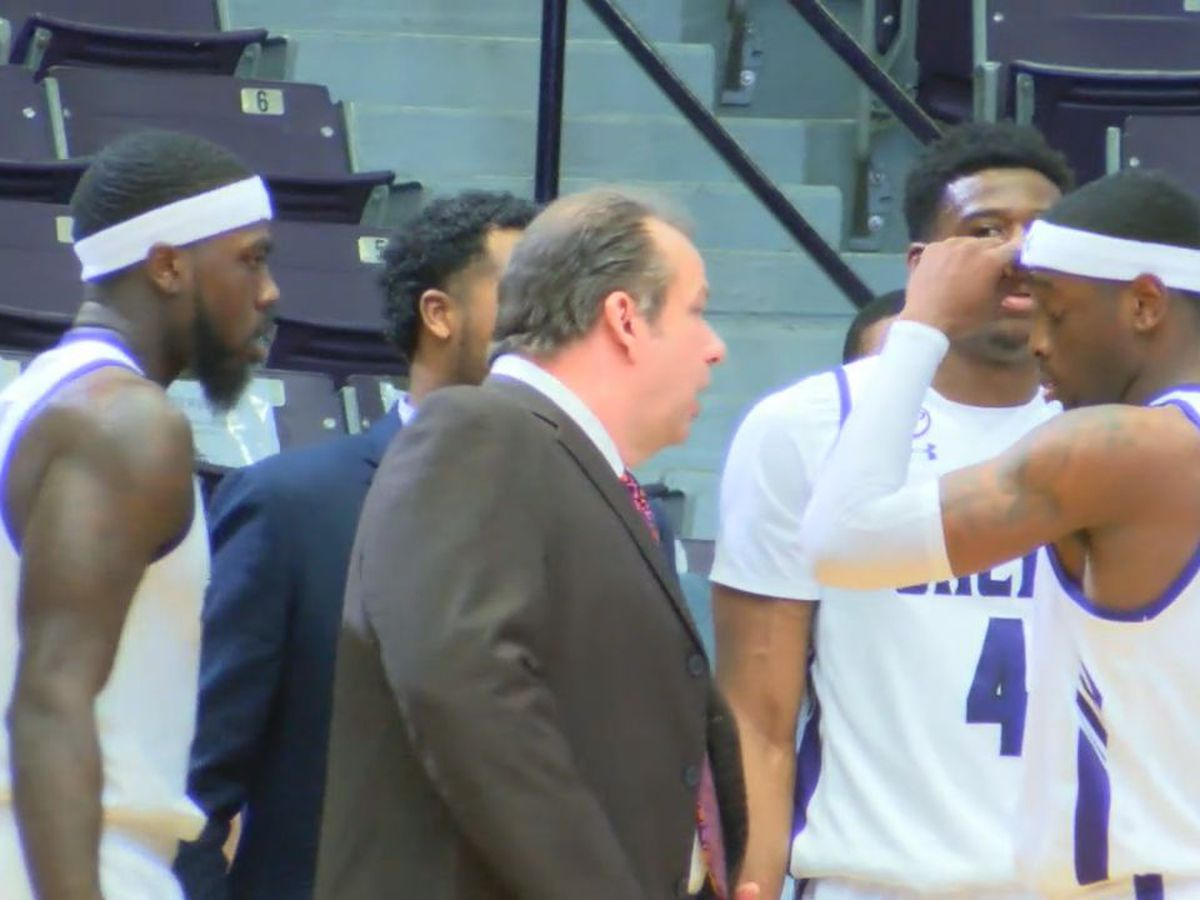 Wednesday Basketball: Bad night for Jacks - SFA teams swept by Islanders, AC rolls past Lone Star Cy-Fair