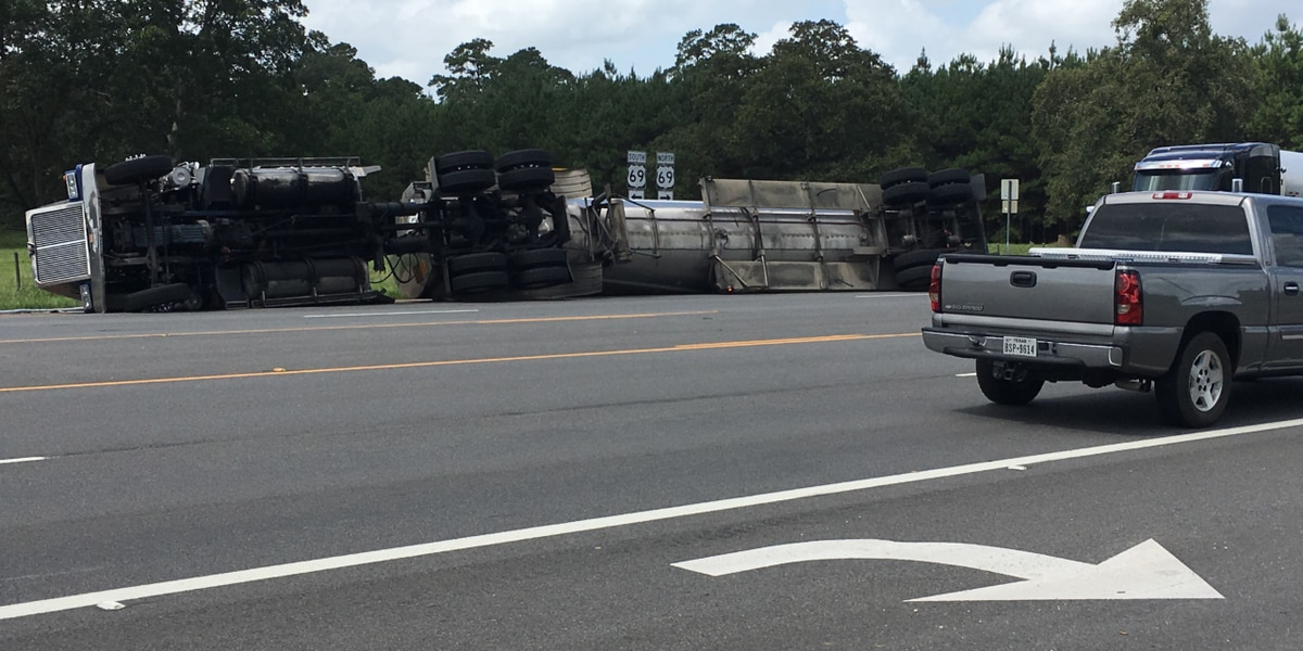 All lanes reopen on US 69 near Lufkin following creosote spill