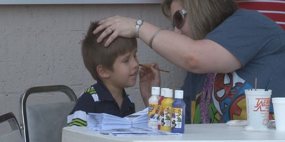 Diboll ISD students celebrate the first day of school with 'Back the Future' bash