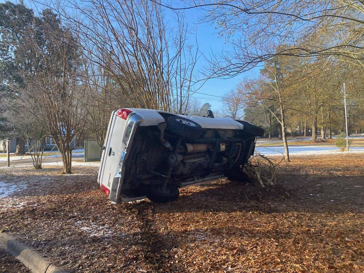 Lufkin police urge drivers to be cautious after ice-related rollover wreck on Raguet St.