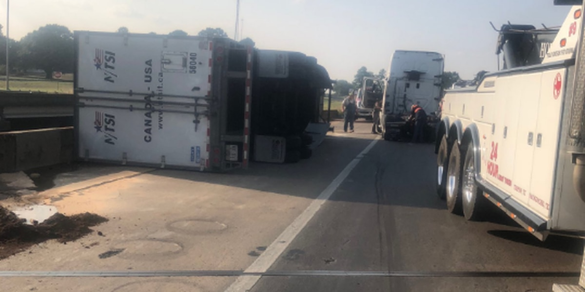 TxDOT: NB lanes closed due to 18-wheeler rolled over on US 59/US 259 overpass in Nacogdoches,