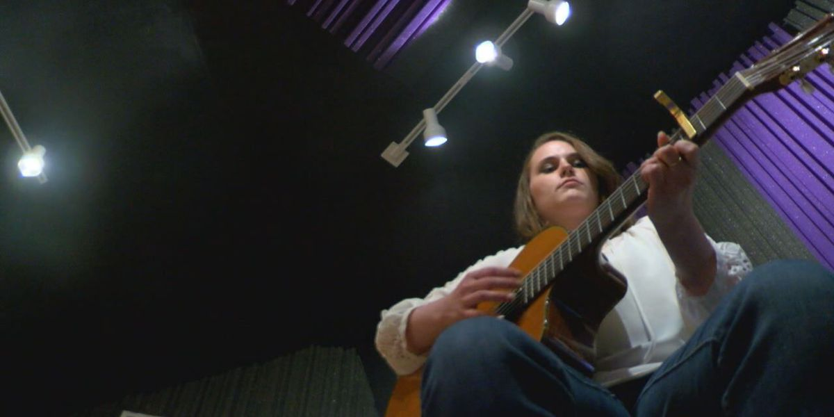 Lufkin woman finds hope from depression in music