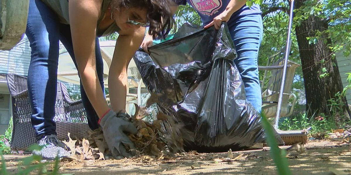 SFA Big Event helps Nacogdoches residents by lending a hand