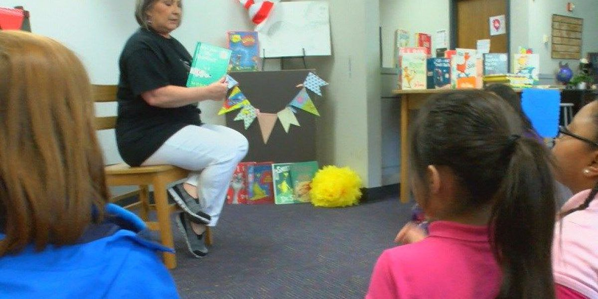 Brookhollow students celebrate Dr.Seuss' birthday by reading