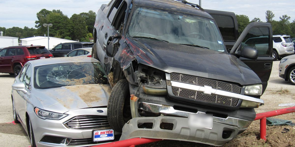 Police: Vehicle loses control after rear ending vehicle, crashes into Lufkin car dealership lot