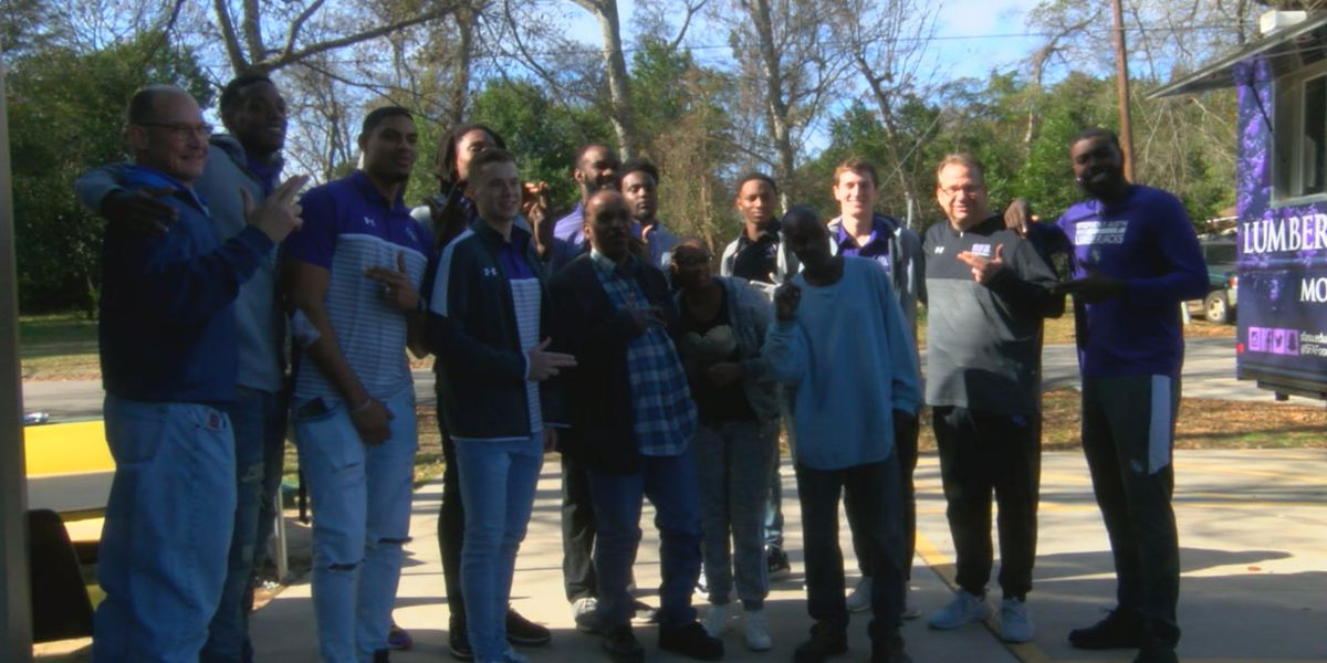 SFA Lumberjacks stick to promise, serve meals to needy after big victory against Duke