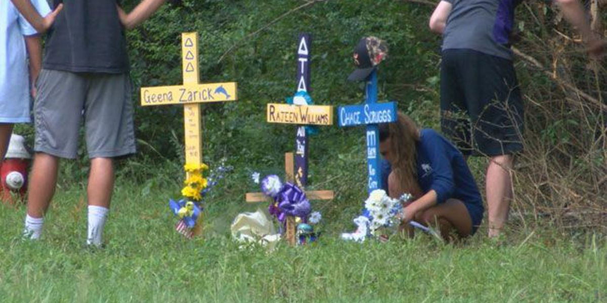Family, friends mourn loss of 3 SFA students killed in wreck, rally around survivor