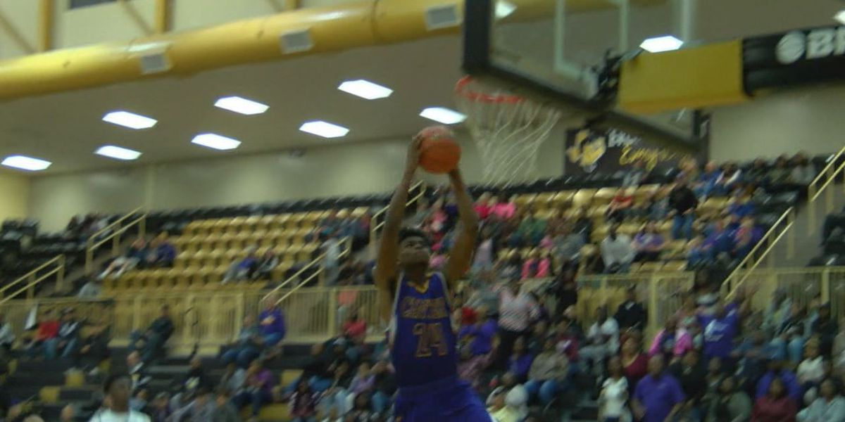 No.1 Center runs away from Nacogdoches to close out non-district play