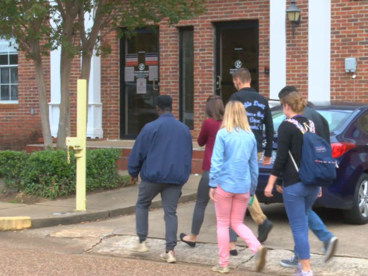 Nacogdoches offers convenience on first day of early voting