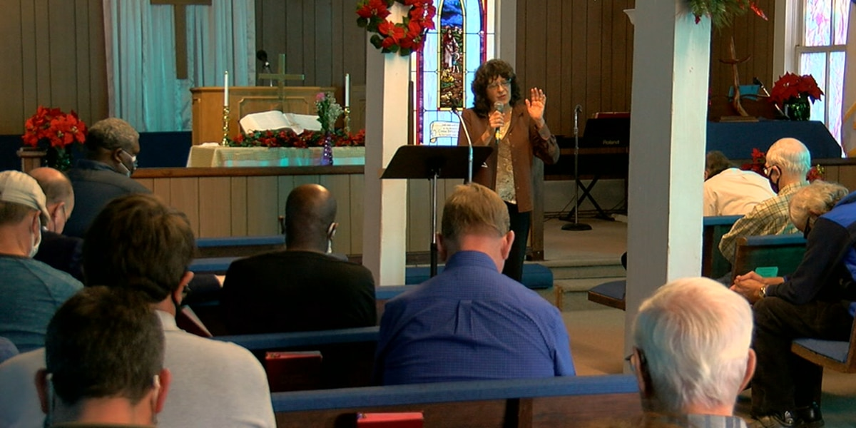 Starrville Methodist Church met to pray for pastor, members, one another