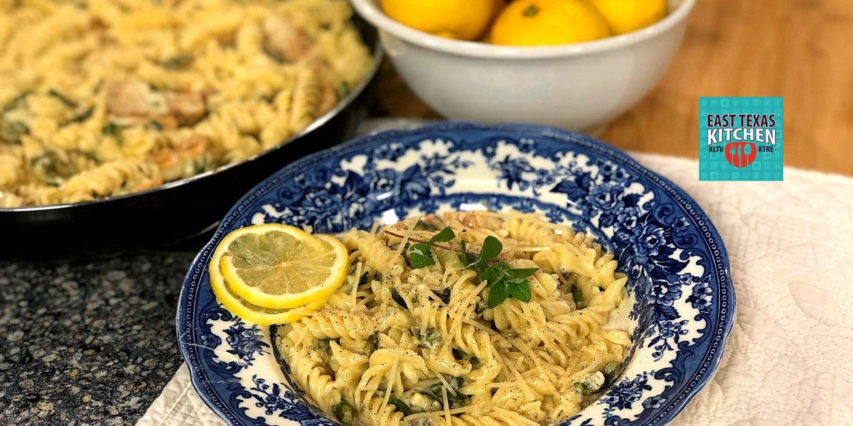 Chicken-asparagus pasta with creamy lemon sauce by Mama Steph