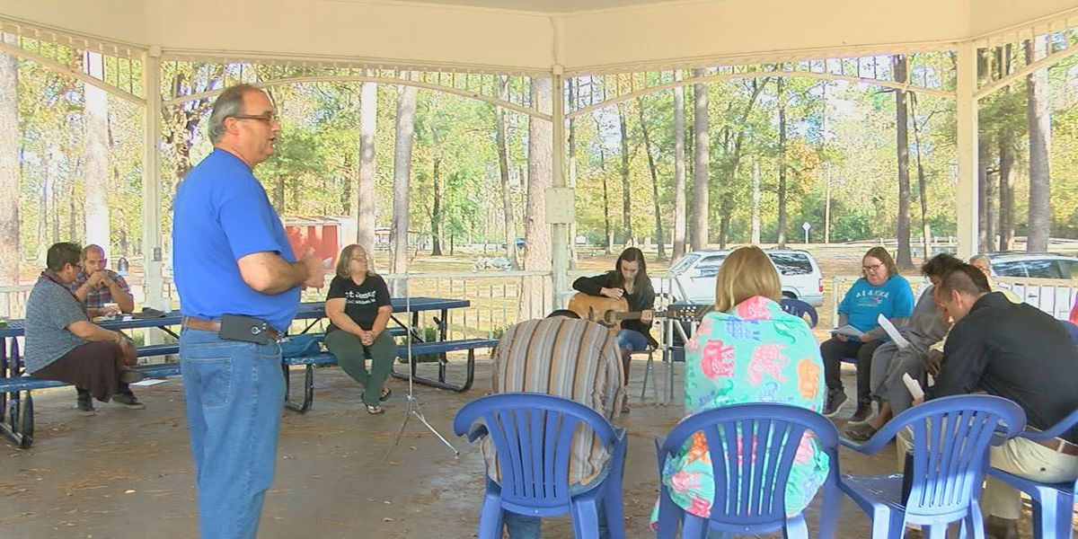 Lufkin couple hosts church without walls for community