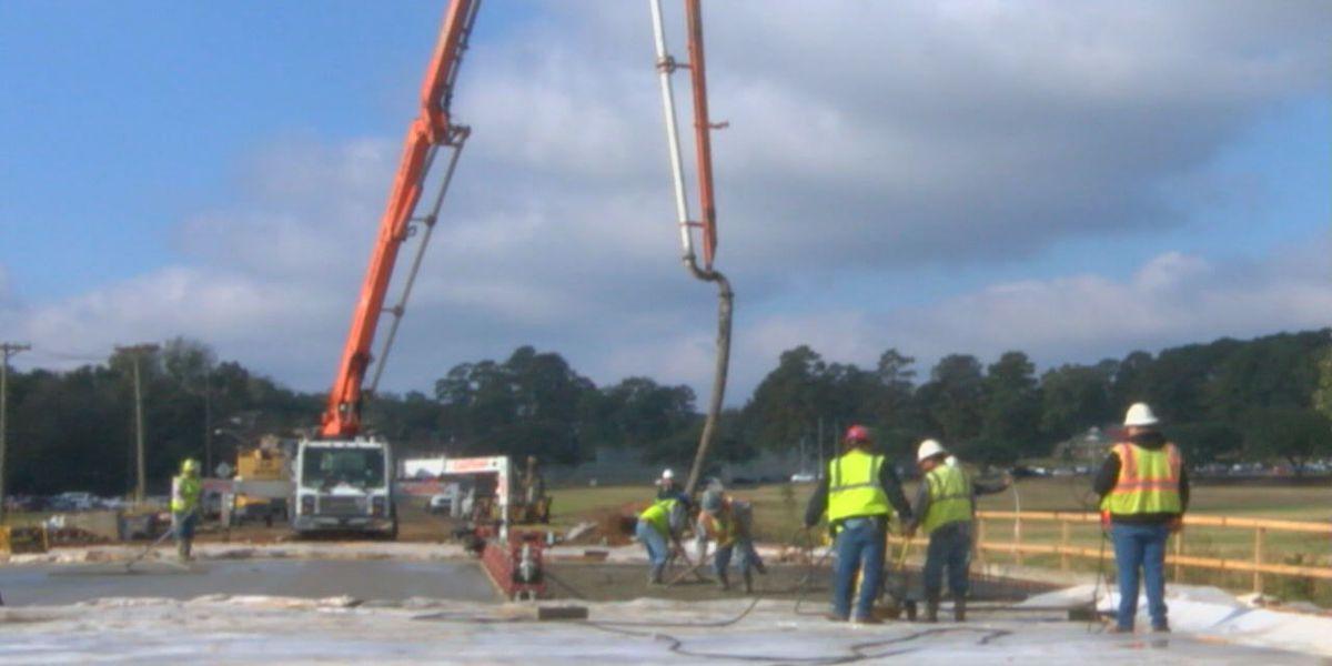 Construction firm installs last center deck at Nacogdoches' Starr Avenue Bridge