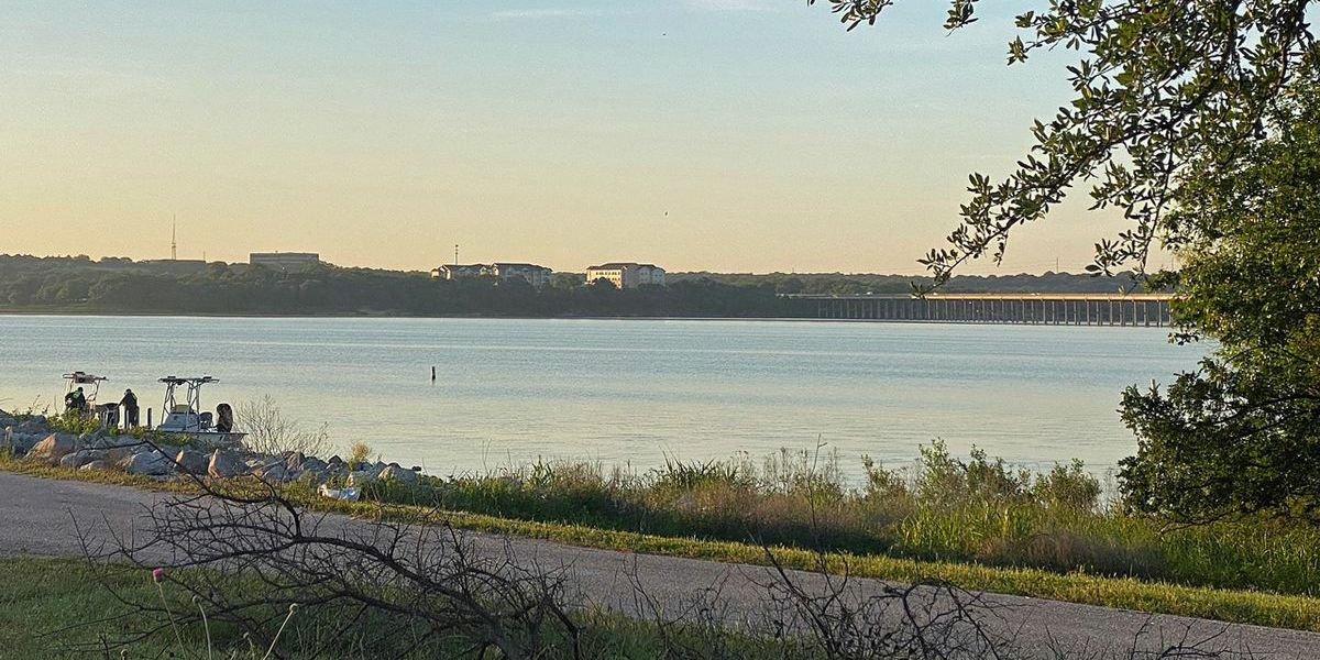 Body found in search for man thrown from personal watercraft on Lake Waco