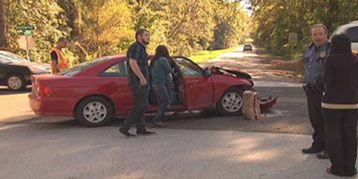 Two-vehicle wreck sends one woman to a Lufkin hospital
