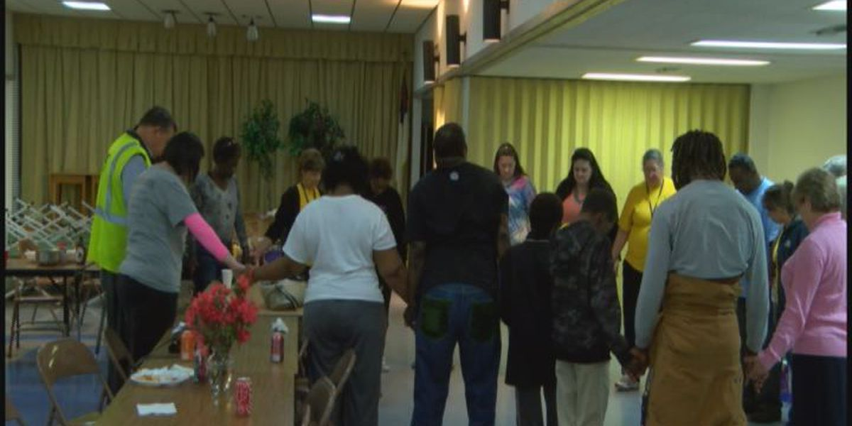 Southeast Texans return to flood-damaged homes after stay at Jasper Co. shelter